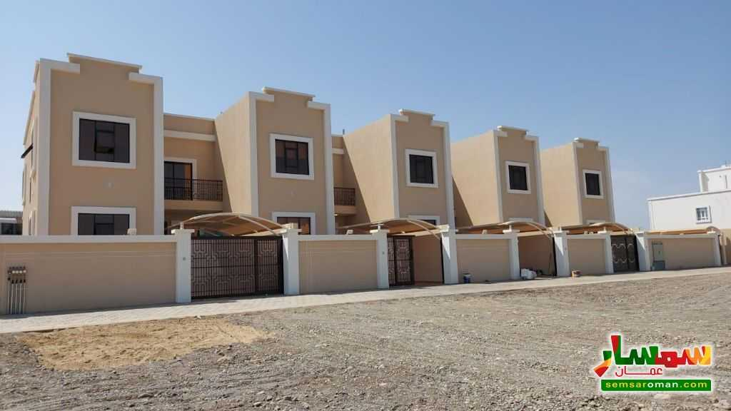 Ad Photo: Villa 5 bedrooms 6 baths 200 sqm super lux in Al Batinah