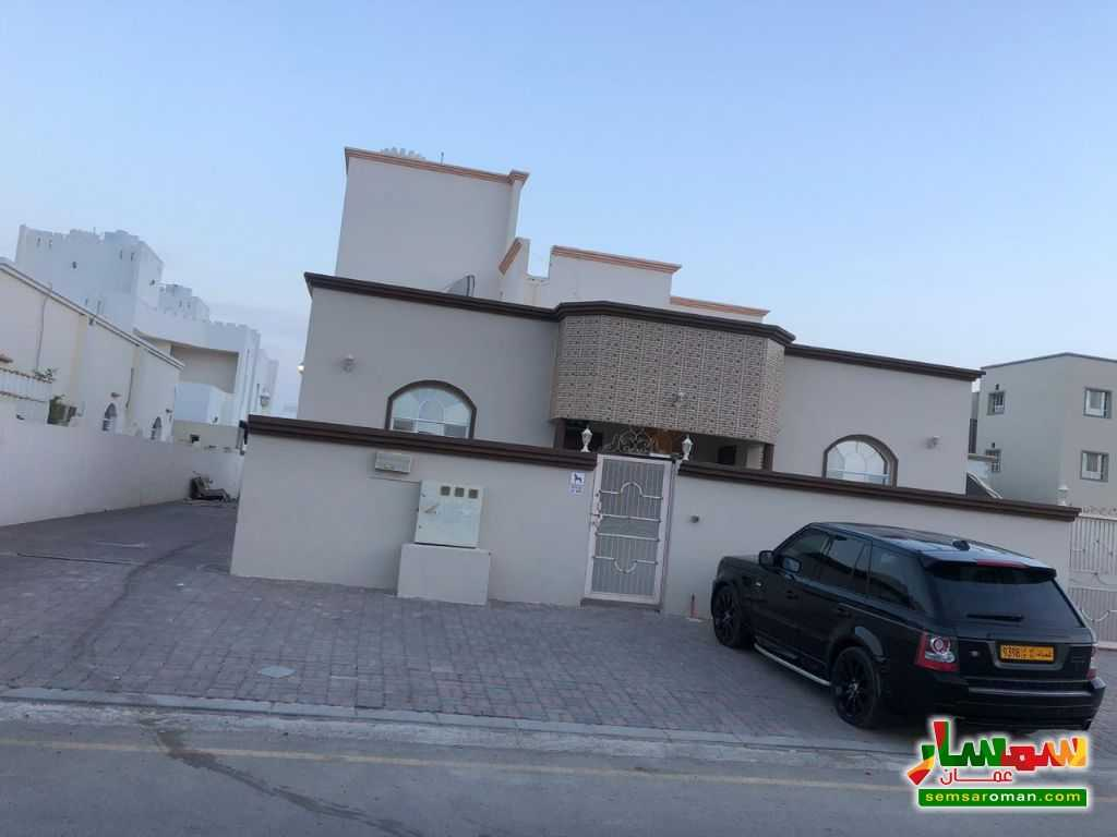 Ad Photo: Villa 650 sqm in Seeb  Masqat